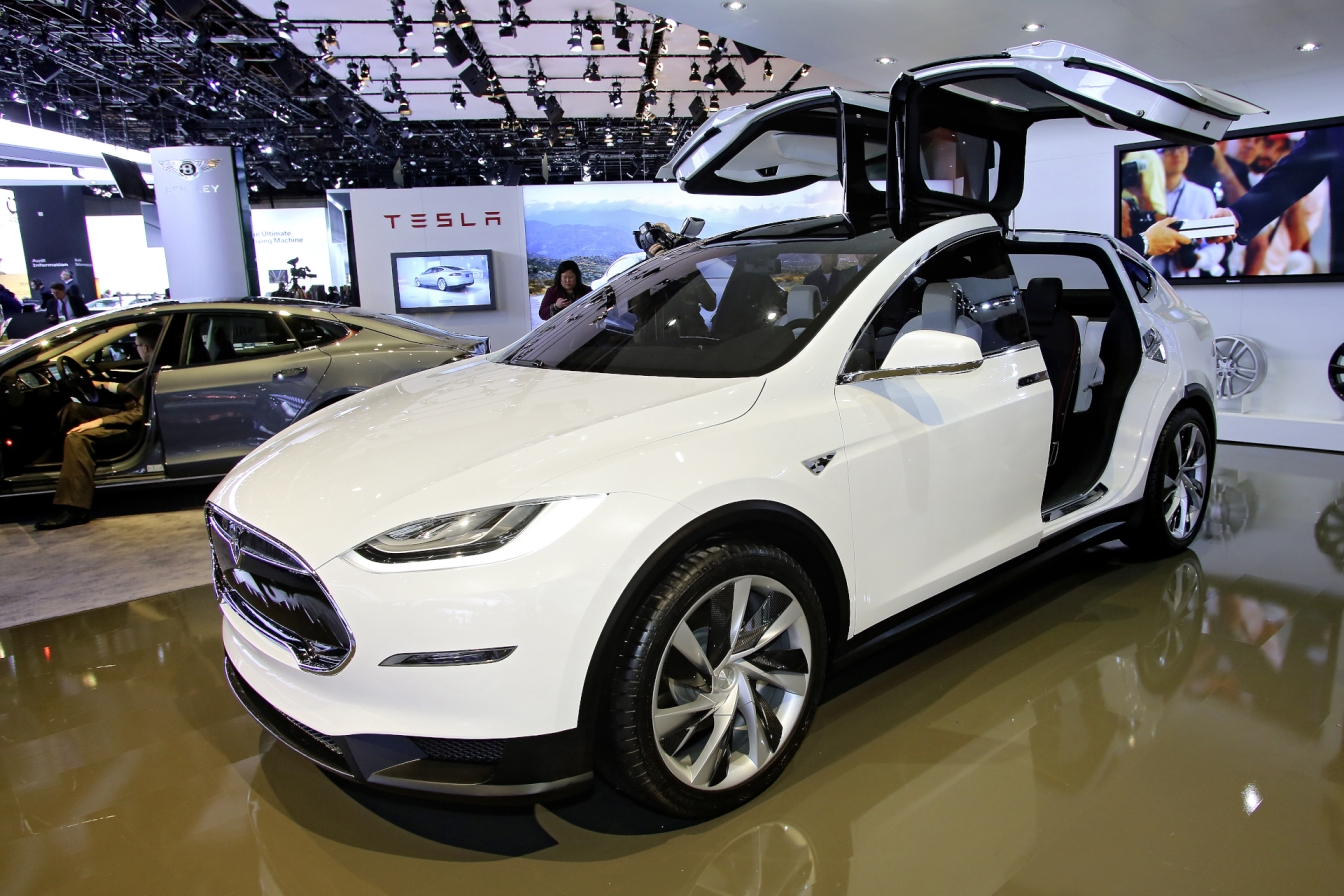 tesla_model_x_crossover_suv_automotive_automobile