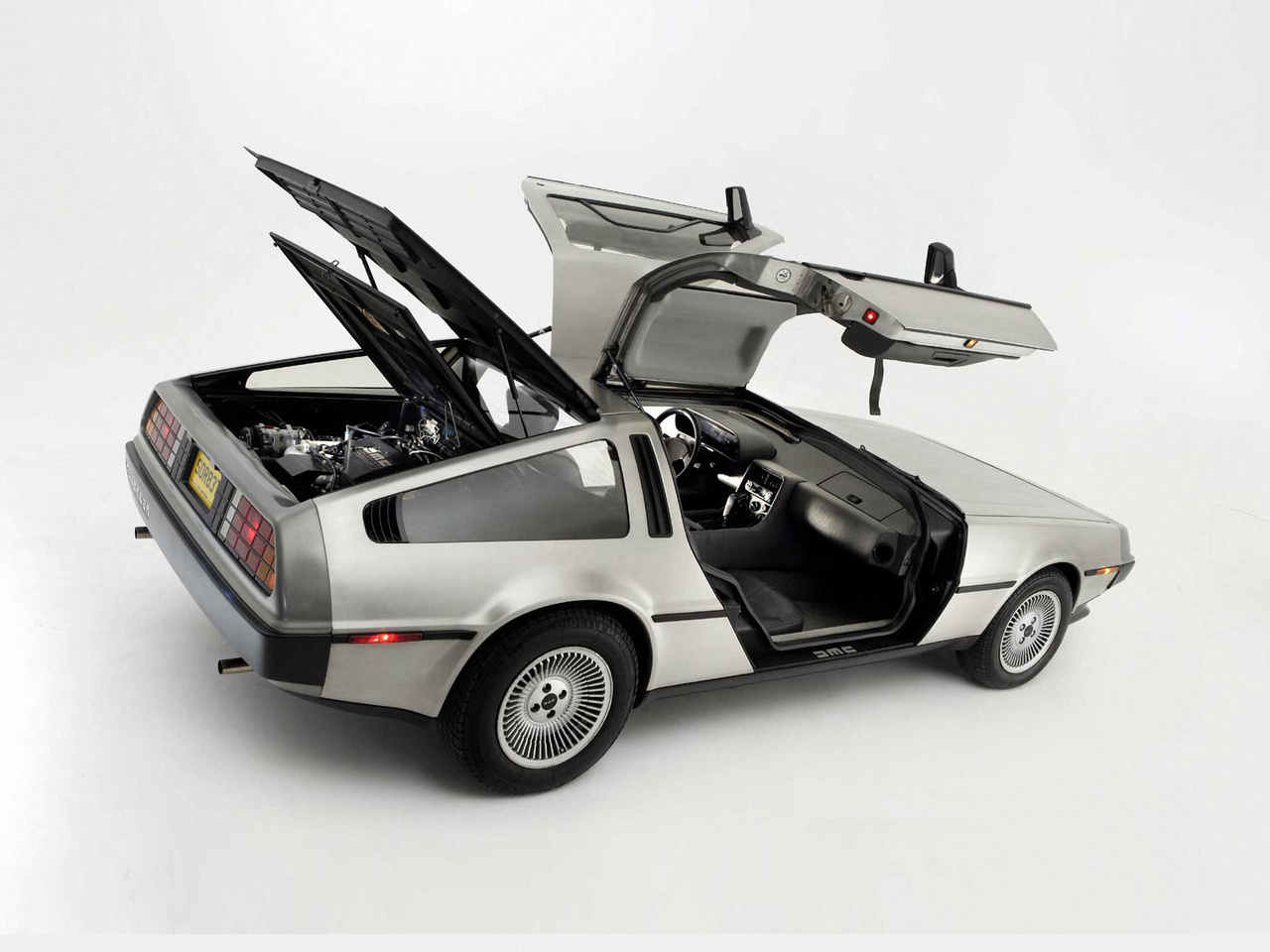 Delorean_dmc-12_1